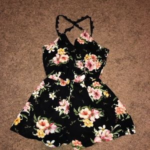 Lush sz M Black Floral Romper NWT